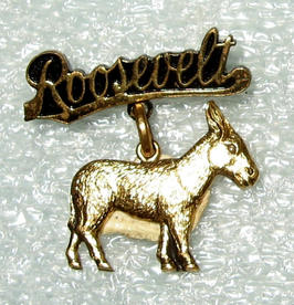 Franklin D. Roosevelt pin, 1940
