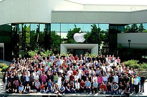 Apple_02 2.jpg