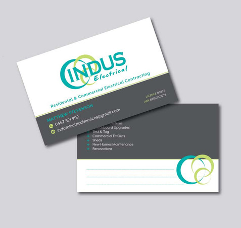 4 Reasons Why You Should Have a Business Card