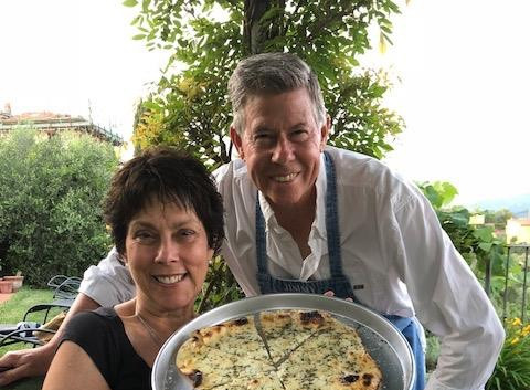 Debbie's Favorite Pizza - Quattro Formaggi con Rosmarino