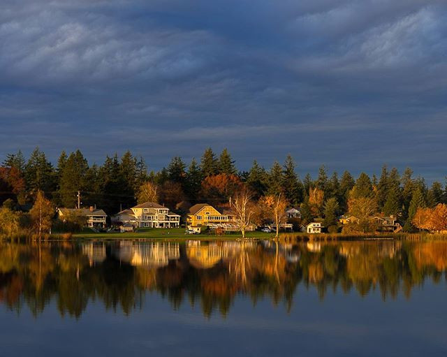 Fall sunset at Wiser lake.jpg