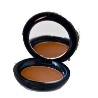Dual Mineral Foundation in Cognac