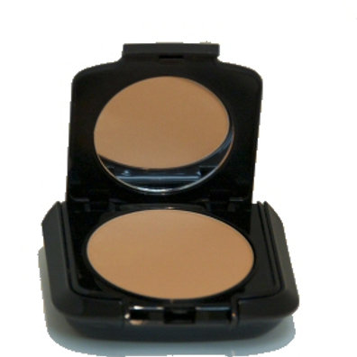 Dual Mineral Foundation in Warm Natural