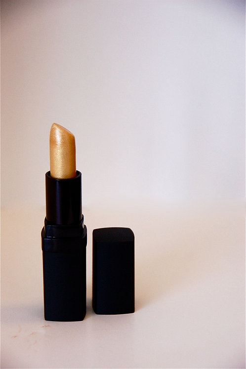 Lipstick in 14K Gold