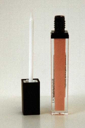 Lip Shine in French Vanilla