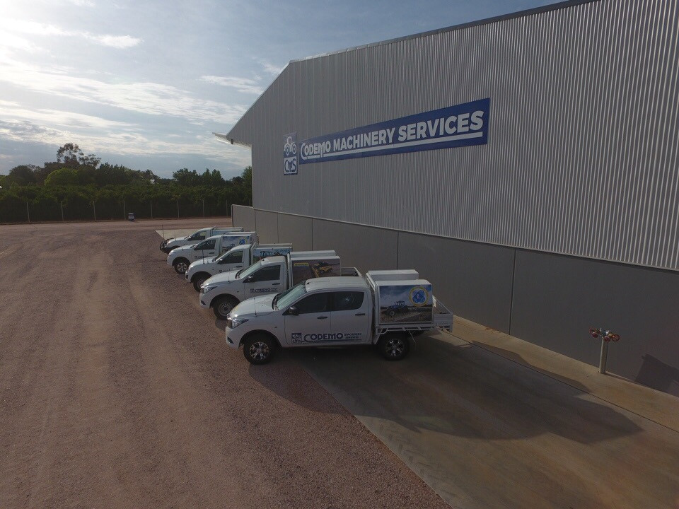 Service Vehicles...JPG