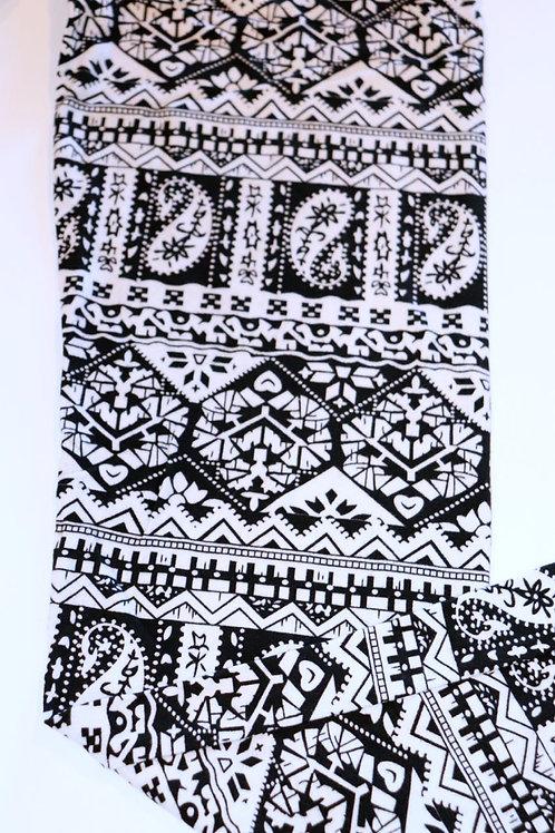 Lean Black & White Paisley