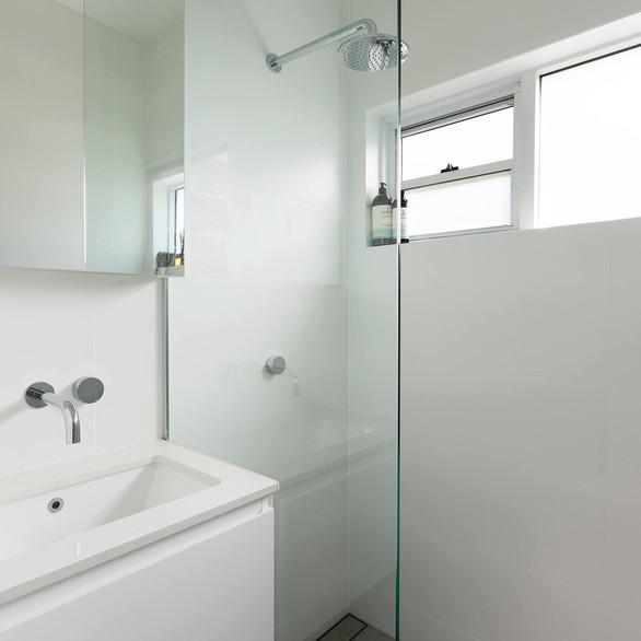 Custom made bathroom vanity in Sydney's North Shore
