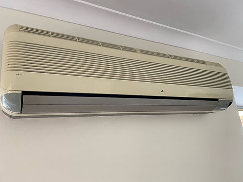 OLD LG air con why buy 2nd hand.jpg