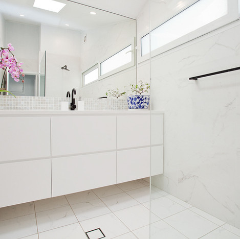 bathroom renovation northern beaches Col