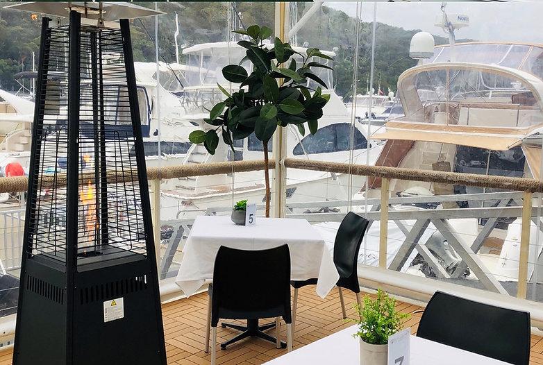 waterfront cafe & restaurant Bobbin Head(6).jpg