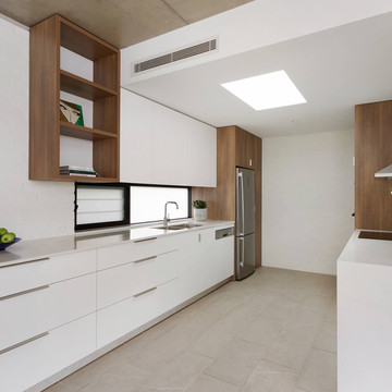 classic white kitchen design sydney
