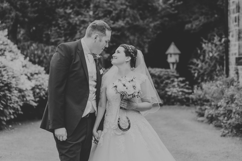 wedding photographer ilkley west yorkshire