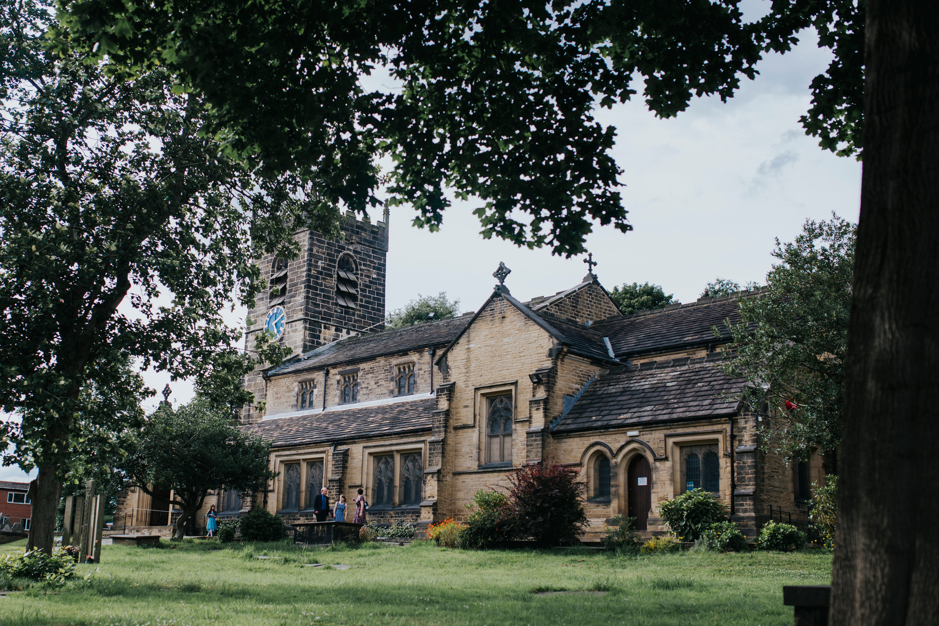 wedding photographer mirfield monastery
