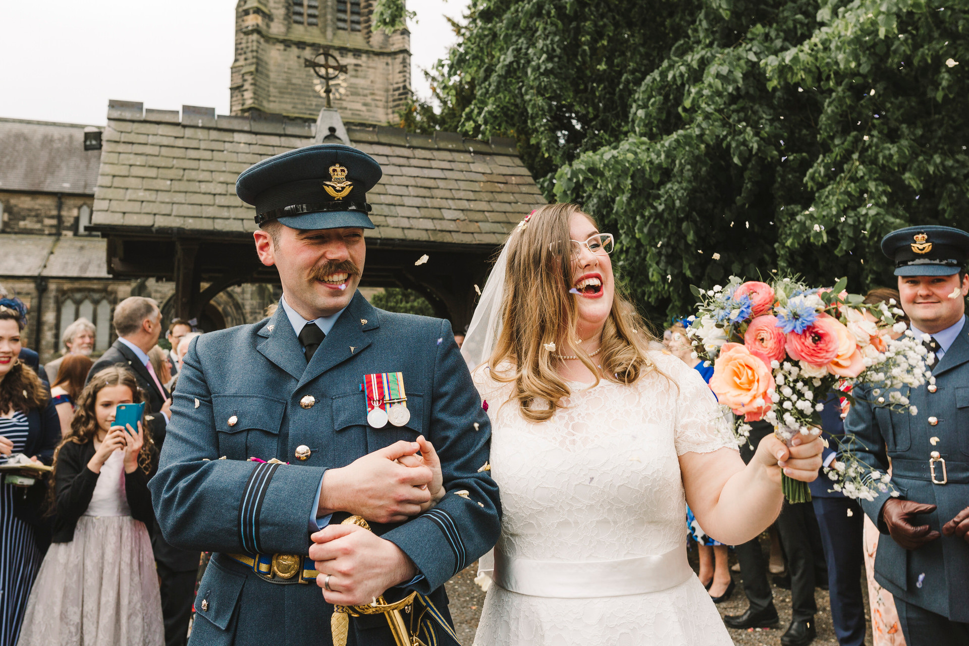 lymm church confetti shot