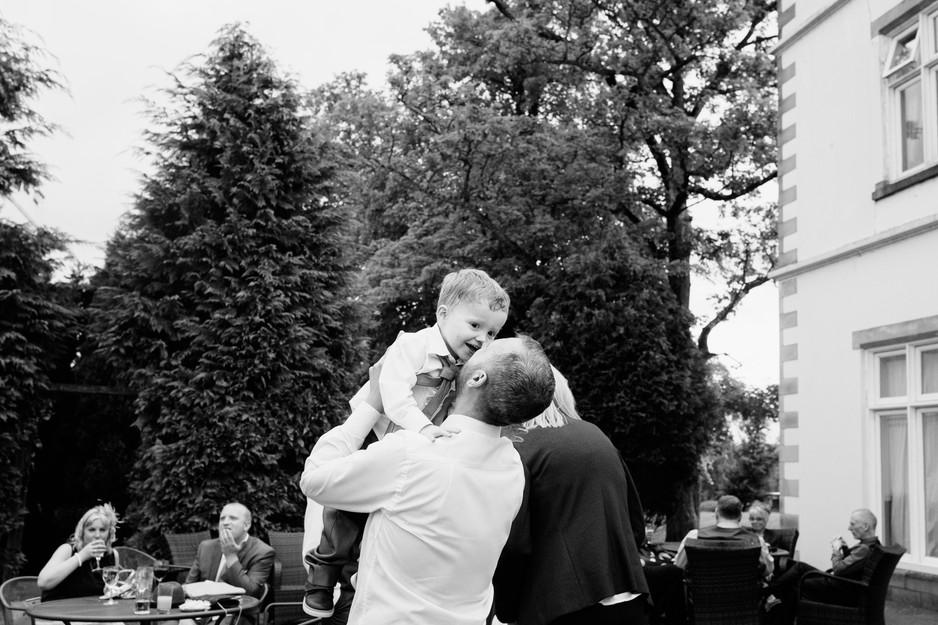 natural wedding photographer blackburn