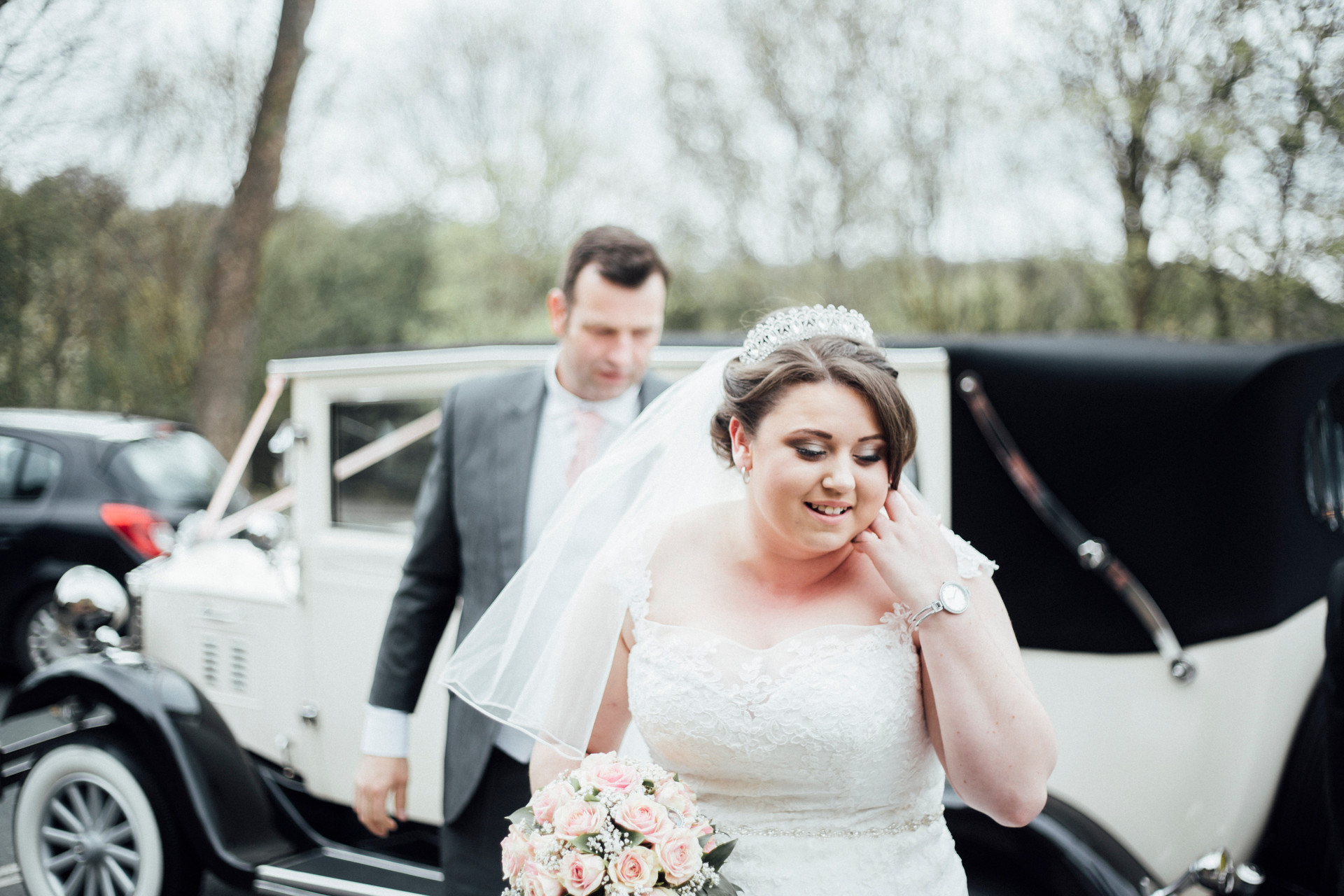 female wedding photographer in huddersfield