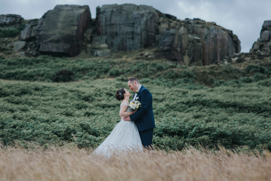 wedding photography at cow and calf rocks ilkley