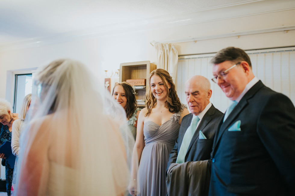 wedding photographer in farsley