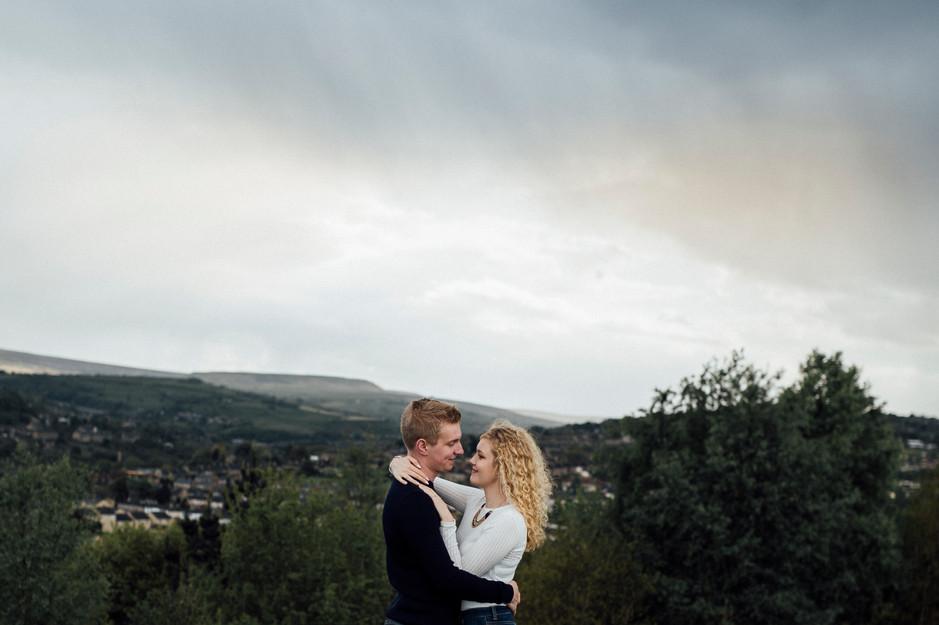 engagement photoshoot pennine moors