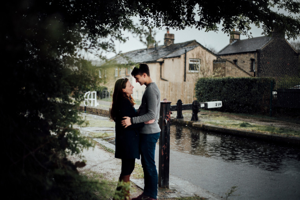 engagement shoot rain