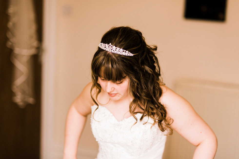 Christian wedding photography bridal preperations