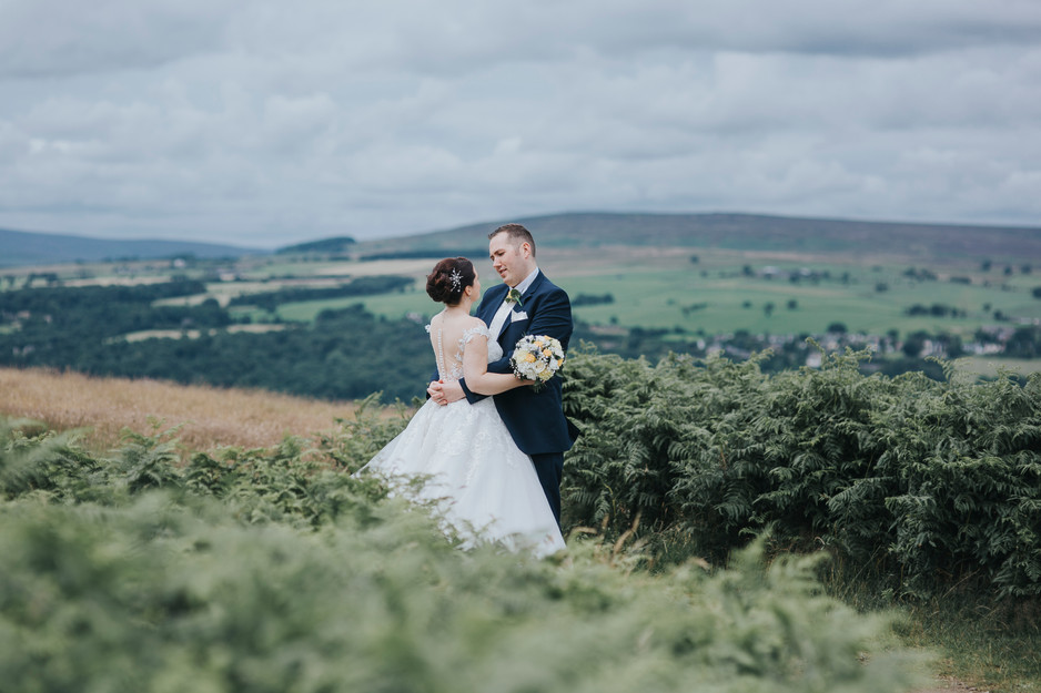 cow and calf rocks wedding photography ilkley