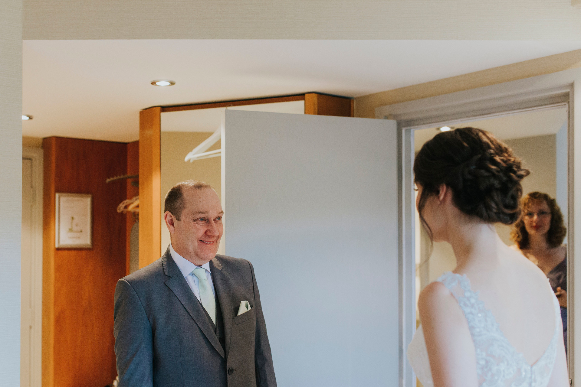 bride and father of the bride photography