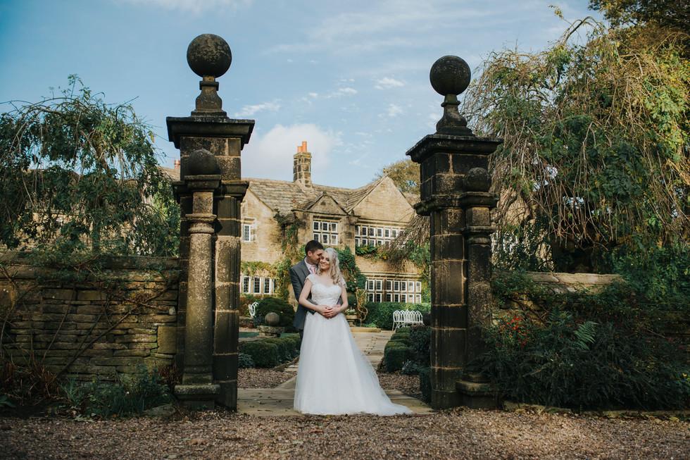 wedding photographer holdsworth house hotel