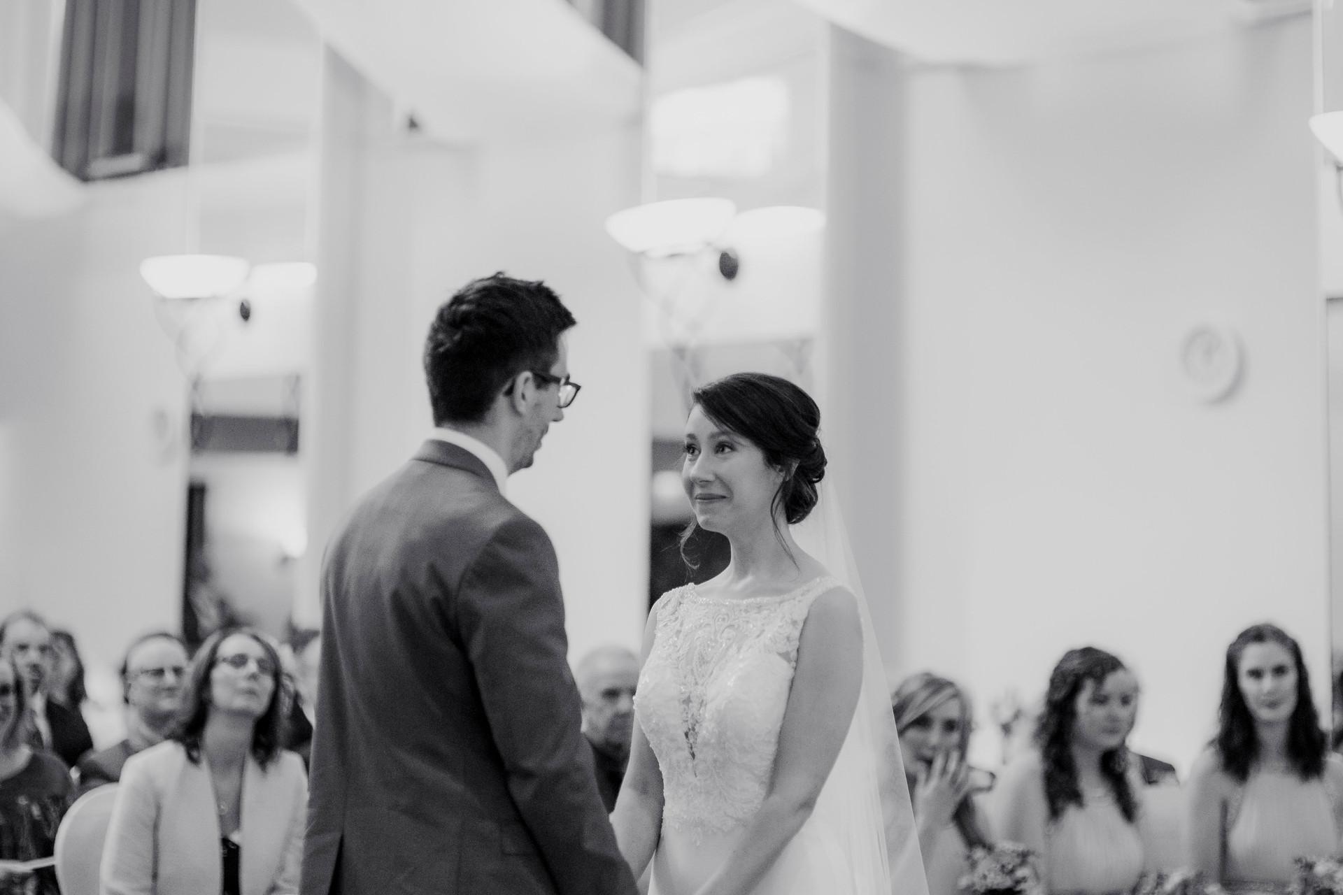 wedding phootgraphy leeds parkway hotel