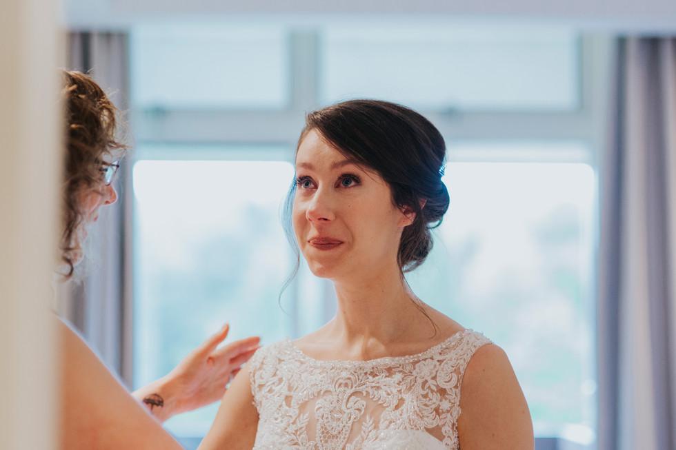 emotional bide wedding photography