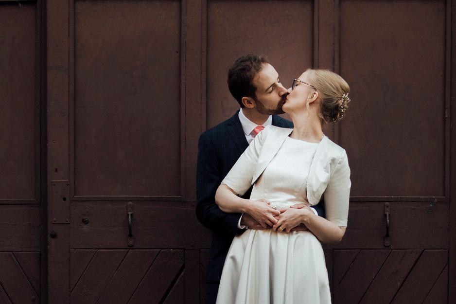 female wedding photographer in meltham