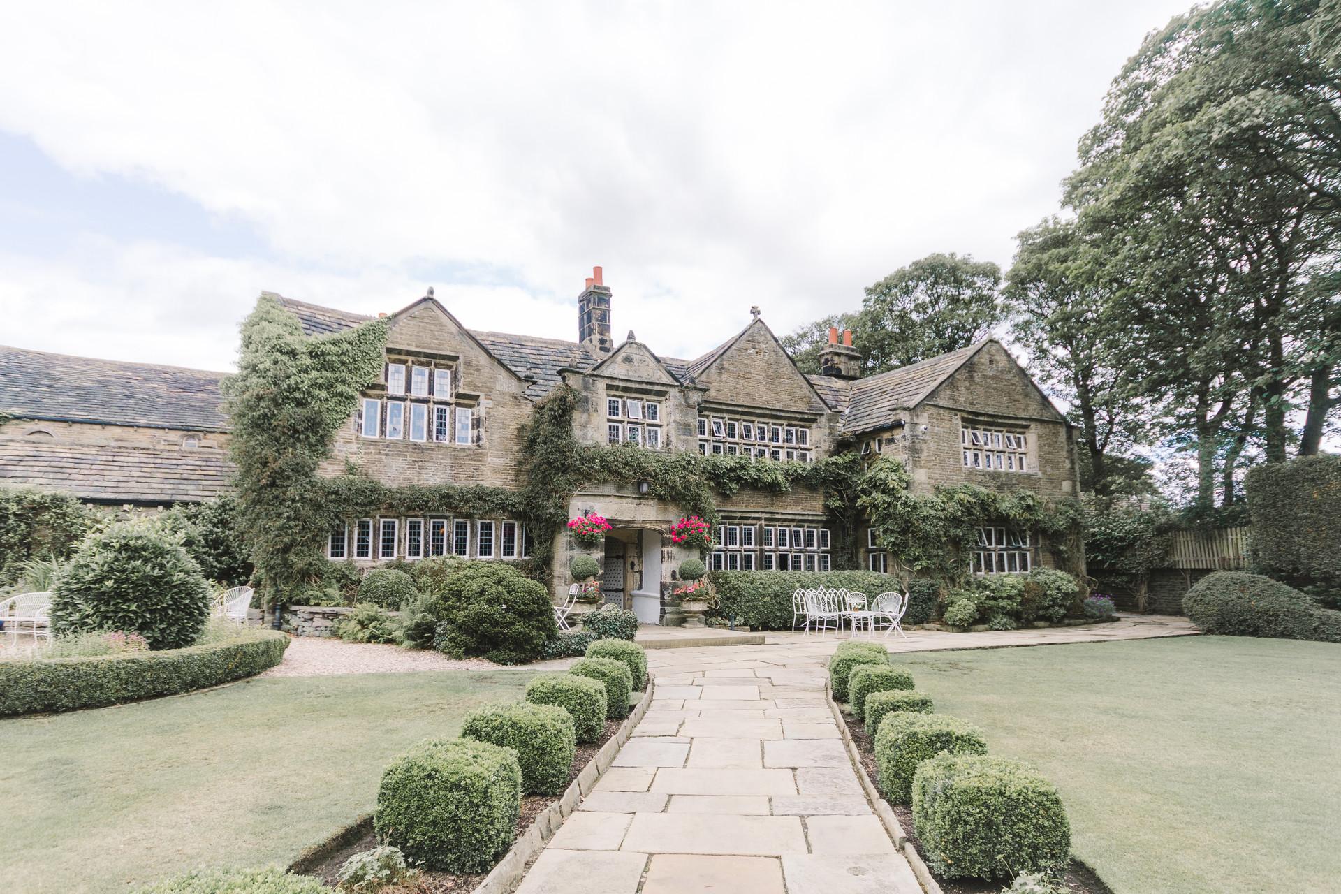 Holdsworth House-100.jpg