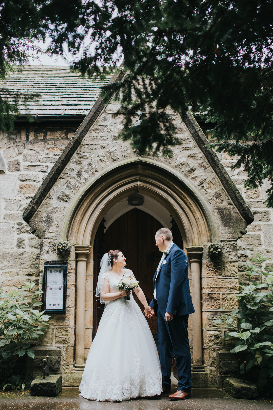 femaile wedding photographer in ilkley