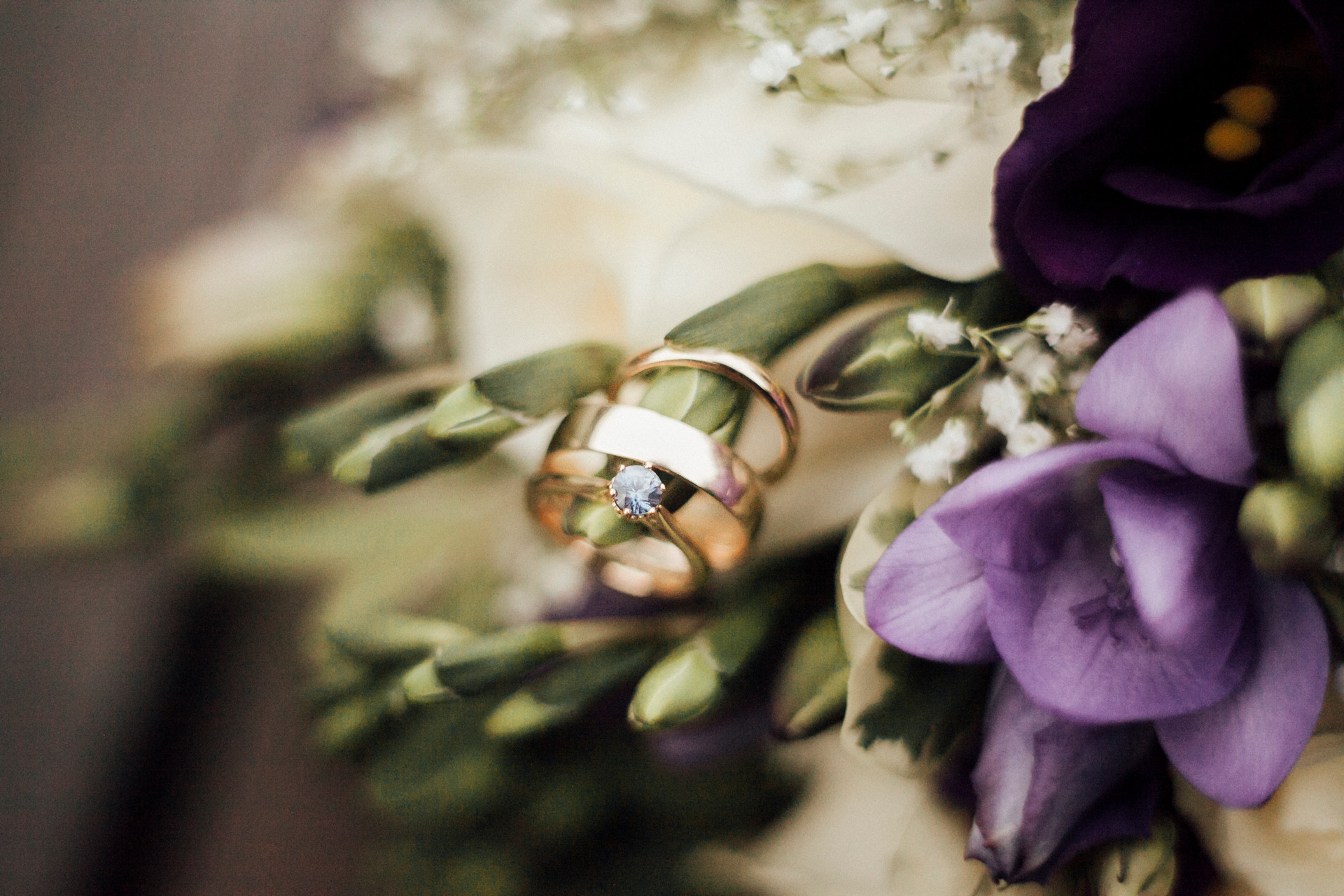 ring detail shot photography
