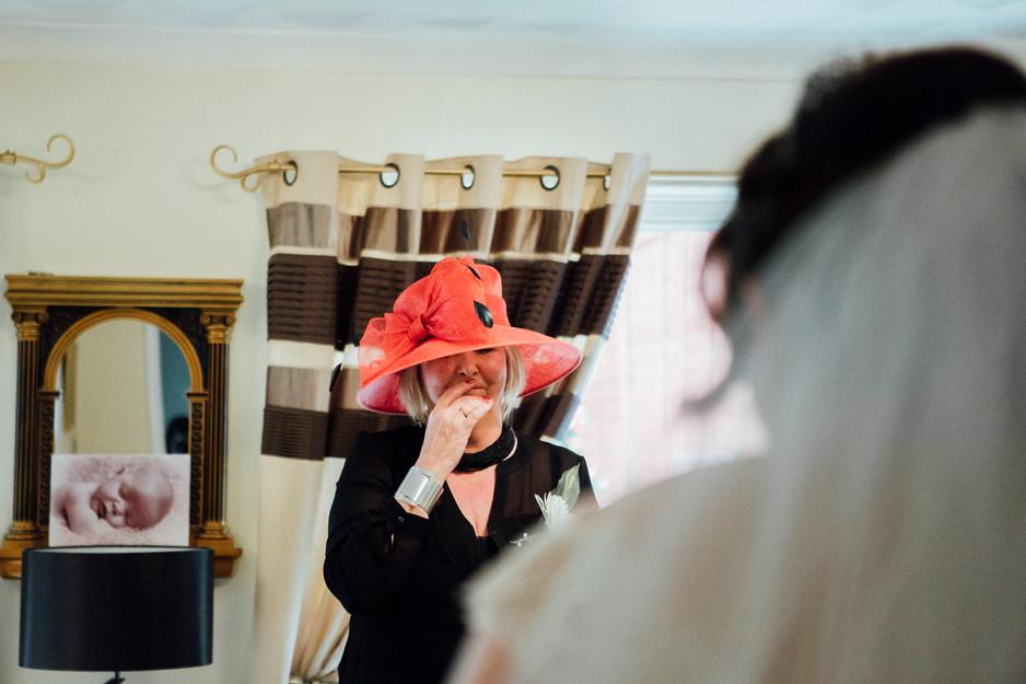 first look hudeersfield wedding photography