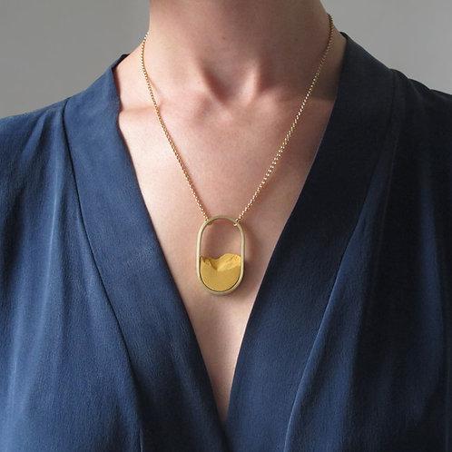 Collar Oval Dorado