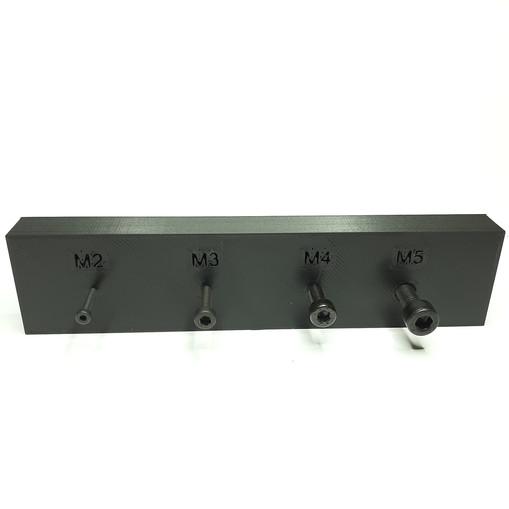 Gedruckte Gewinde M2-M5.jpg