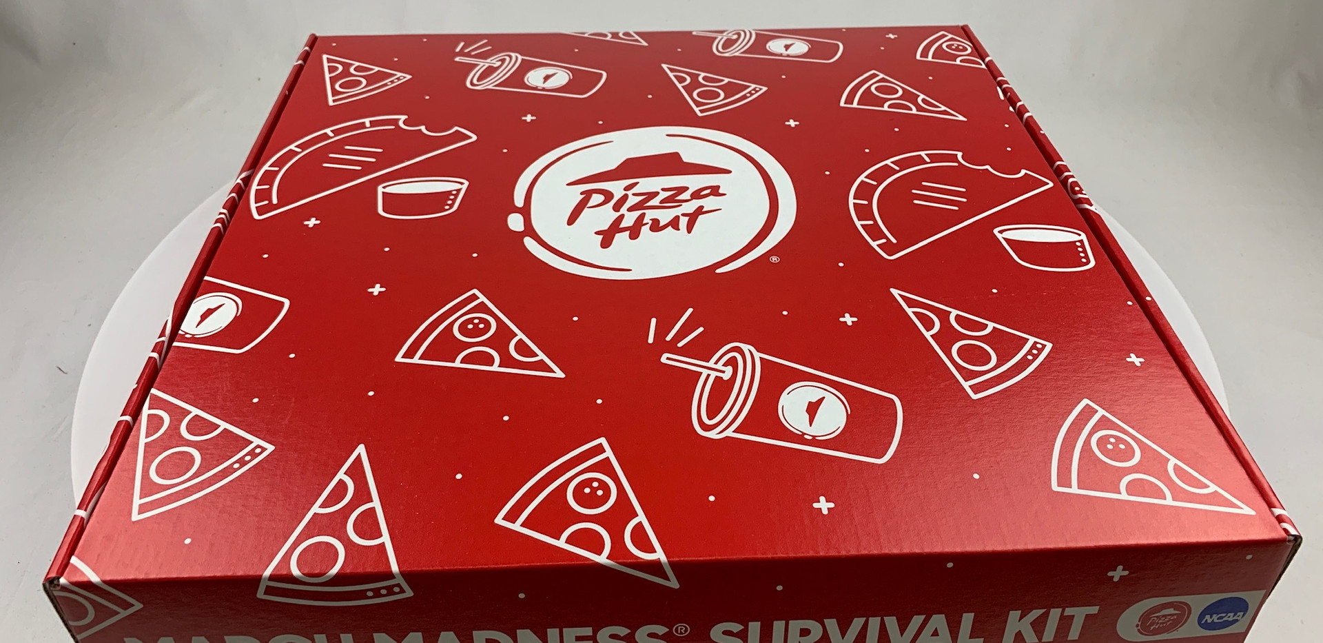 Pizza Hut March Madness Box