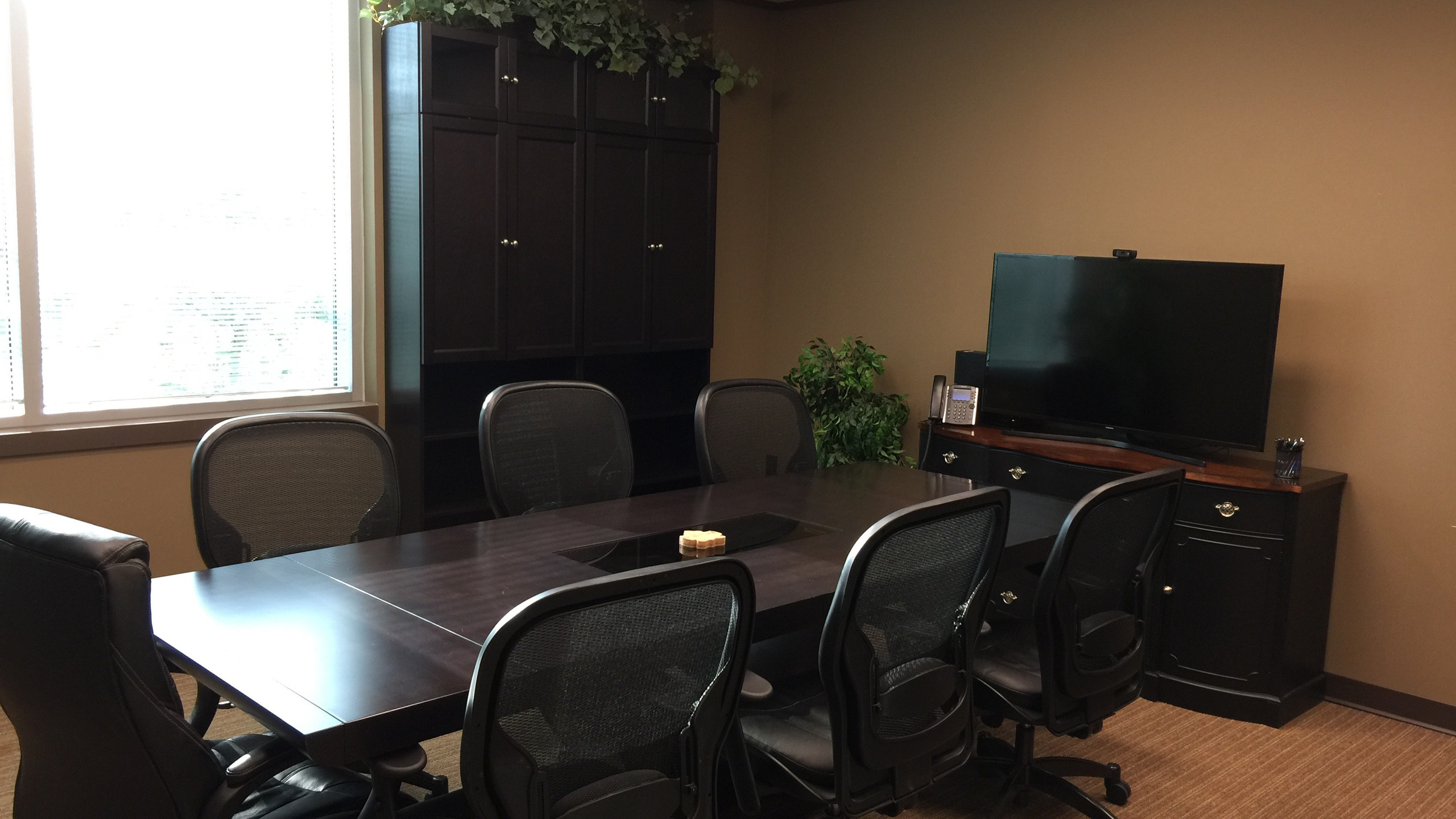 LEGACY LAW GROUP Boardroom