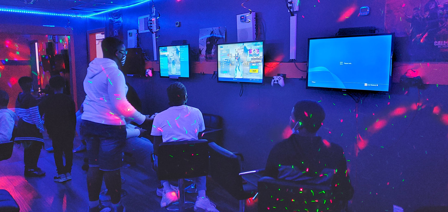 Open play bring your player 2 (10+)