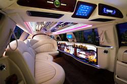 limousine_int_04_large