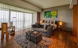 AULU-Dewata-Penthouse-Master-Bedroom