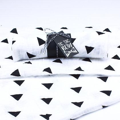 Couverture Motif Petits Triangles