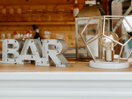 Creative Wedding Bar Ideas That Will Amaze Your Guests