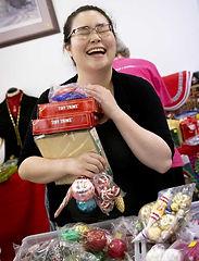 shopping_happywoman.jpg