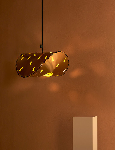 Uniqka_Zero Lamp Brass - De Stijl editio