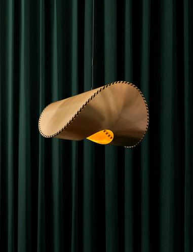 Uniqka_Zero Lamp Brass.jpg