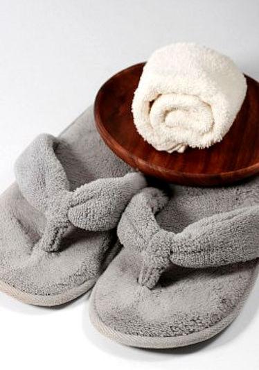 manicure pedicure massage schoonheidsspecialiste gelaatsverzorging lichaamsverzorging epilaties