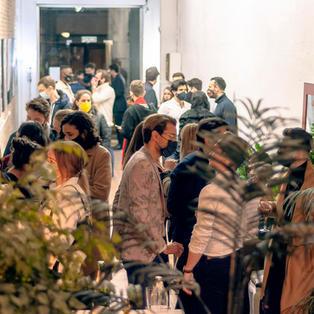 Inauguración exposicion de arte de Claudio Vighetto